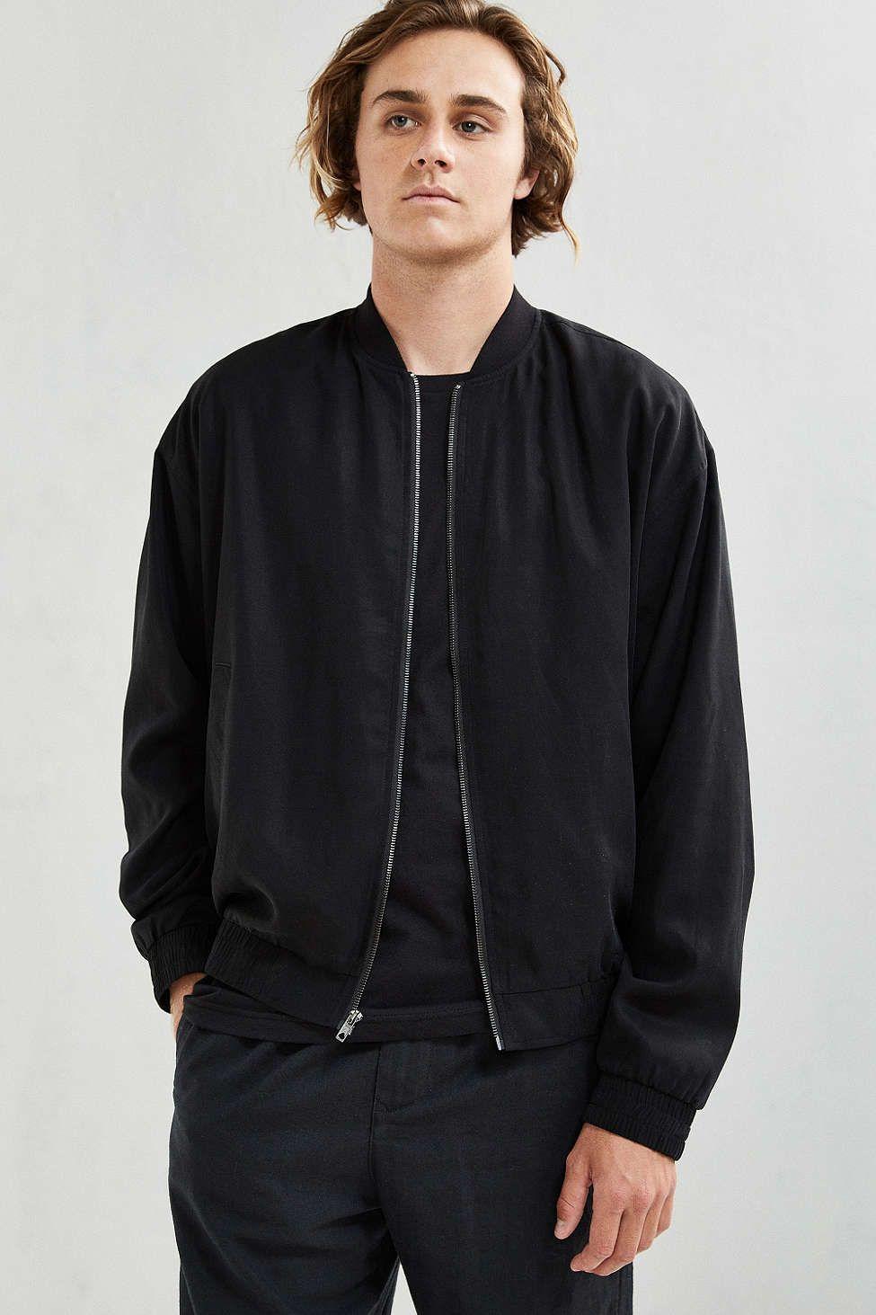 406c5cc57 UO Oversized Bomber Jacket | #UOMens | Bomber jacket, Jackets, Black ...