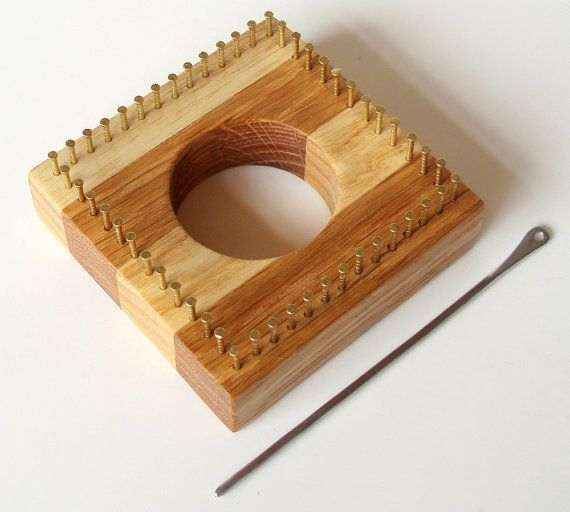 Micro loom in Oak (Quercus robur) and Ash (Fraxinus excelsior)