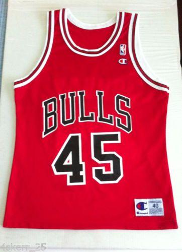 53aa56d45b8 Vtg-Michael-Jordan-Champion-45-Chicago-Bulls-Red-Replica-Jersey-Mens -Size-40-M