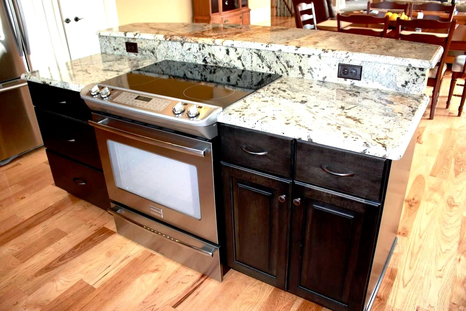 You Might Dream Concerning A Huge Kitchen With A Jaw Dropping Kitchen Island However Kitchen Island With Stove Kitchen Island With Seating Island With Stove