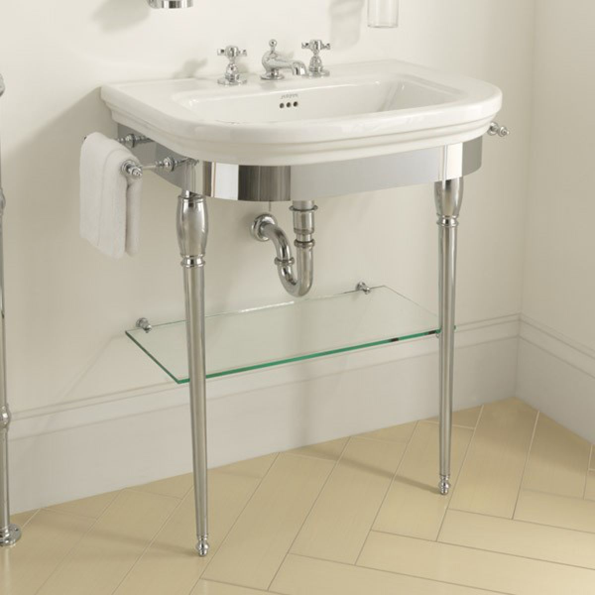 Imperial Bathrooms Carlyon Basin with Glass Legs Wc