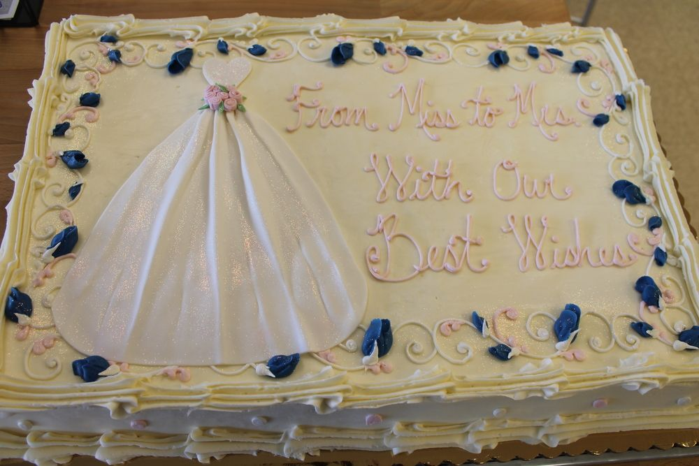 shabby chic bridal shower cakes%0A Bridal Layer Cakes Delaware County  PA