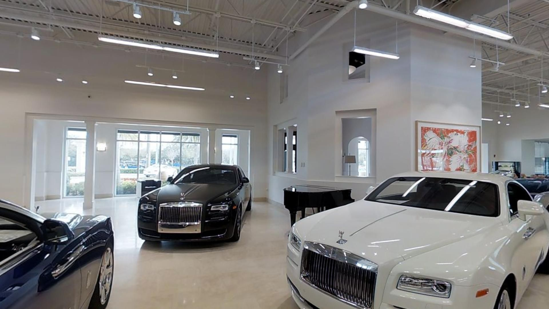 Find your dream car at Dimmitt Rolls Royce and McLaren