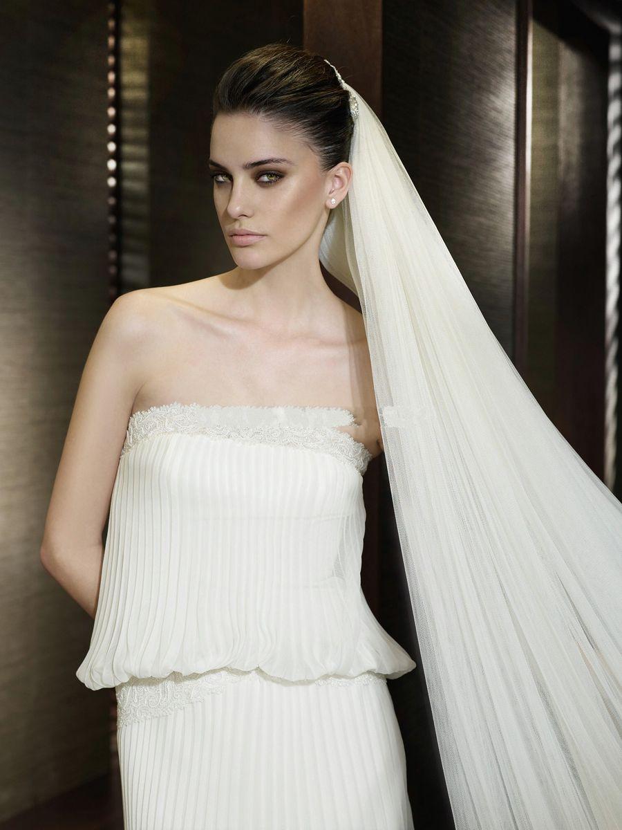 veil for a plissée dress  Kleider, Modestil, Chiffon