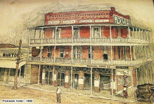 Old Hotel In Crockett Texas Refurbished As Restaurant Tchoupitoulas