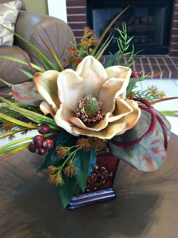 Small Accent Table Silk Floral Centerpiece Traditional Magnolia Floral Arrangement Via Etsy Christmas Floral Designs Artificial Floral Arrangements Flower Arrangements