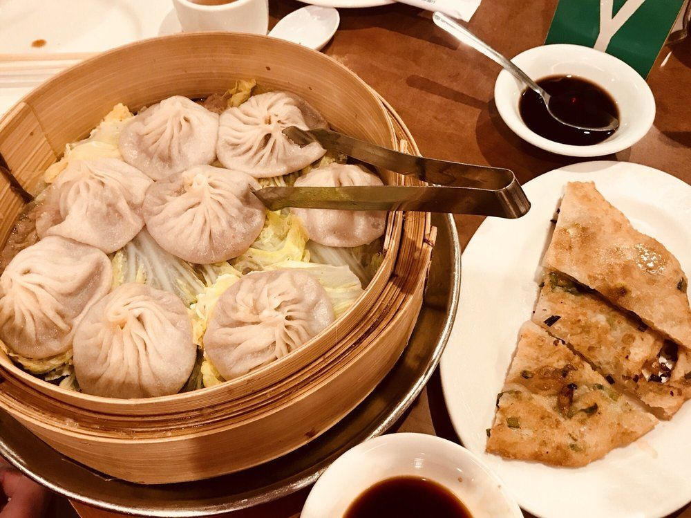 The 8 Best Restaurants In Chinatown That Are Open For Take Out Right Now Food Chinatown Restaurant