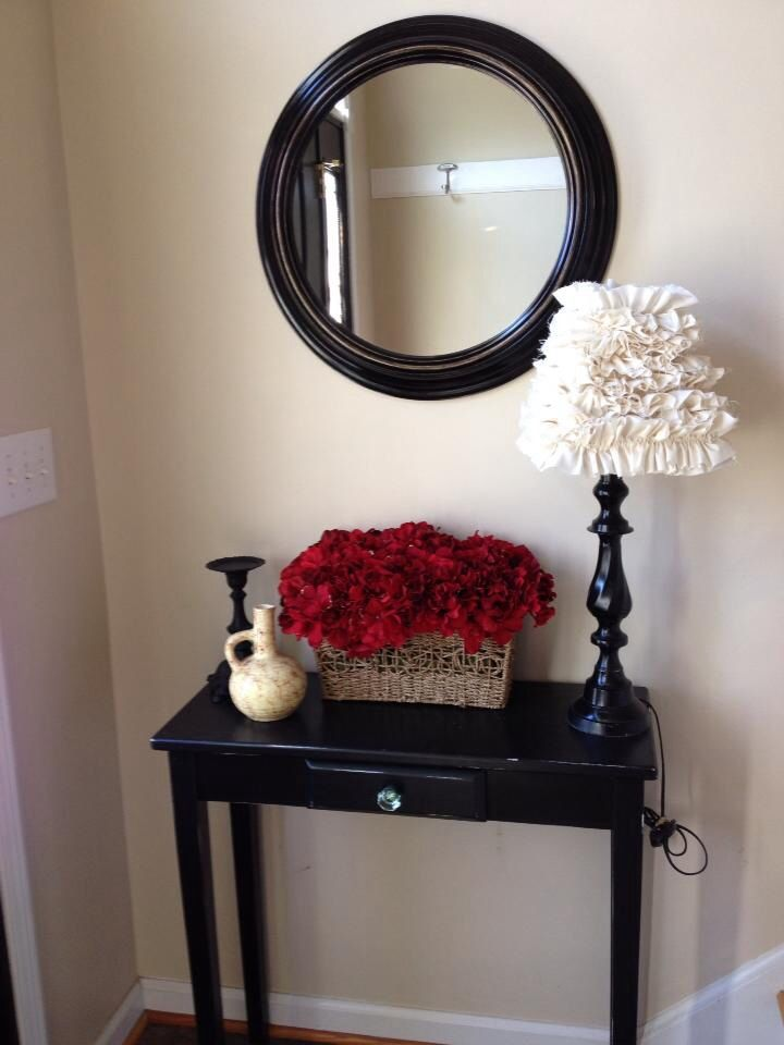 Split Entry Foyer Round Mirror