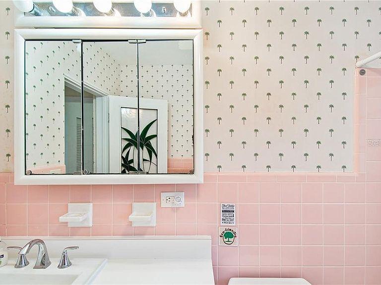 501 Flamingo Rd Venice Fl 34293 Mls D6109451 Zillow In 2020