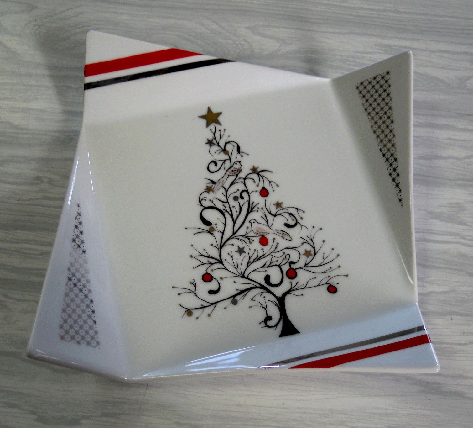 alacroiseedesaberslannilis e medias images porcelaine 10 12 15 christmas. Black Bedroom Furniture Sets. Home Design Ideas