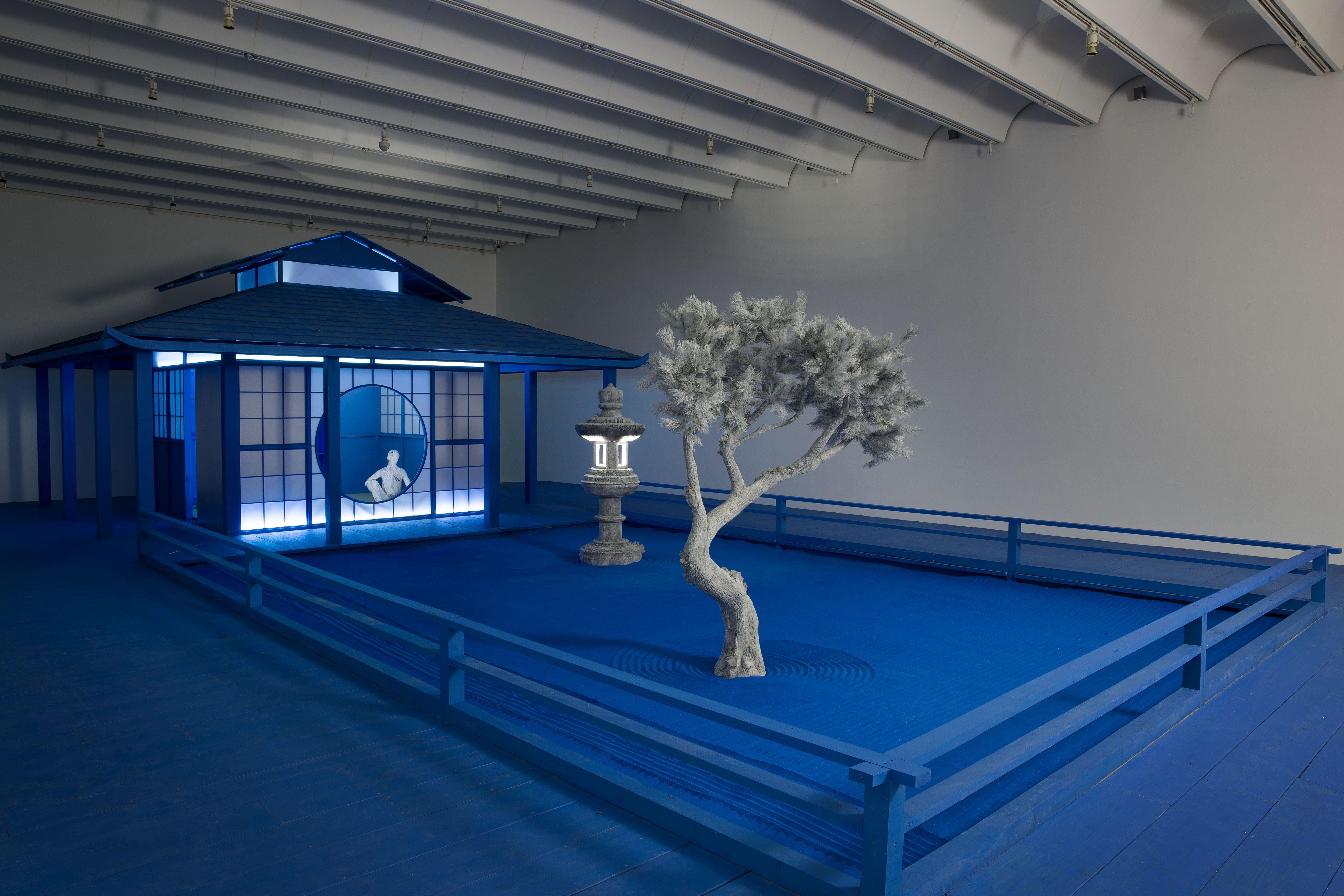 Daniel Arsham Built A Blue Zen Garden In Atlanta High Museum Atlanta Museums Zen Garden