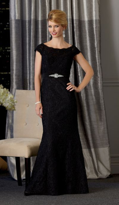 Size 8 Black Caterina 7022- This lace trumpet style mother of the ...