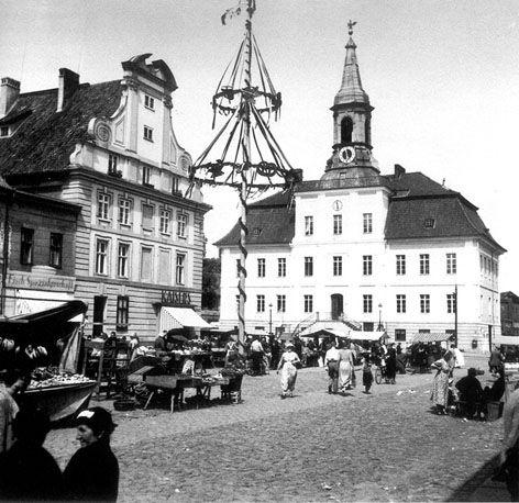 Former 'Tilsit' Rathaus from Tilsit.com. Now Sovetsk, in Kaliningrad.