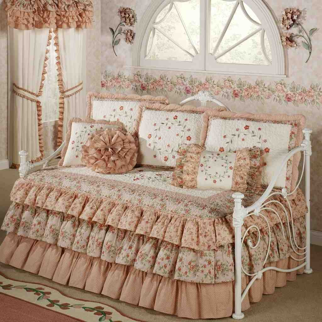 Daybed Bedding Sets Clearance Daybed Bedding Sets Daybed With Trundle Ikea Daybed With Trundle Daybed with trundle bedding sets