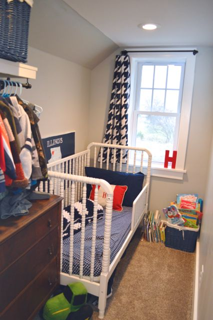 Henry S Tiny Bedroom Newlywoodwards Tiny Bedroom Small Toddler Bedroom Tiny Kids Bedrooms