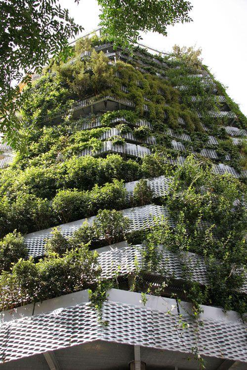 Vertikale gr ne fassade green architecture - Grune architektur ...