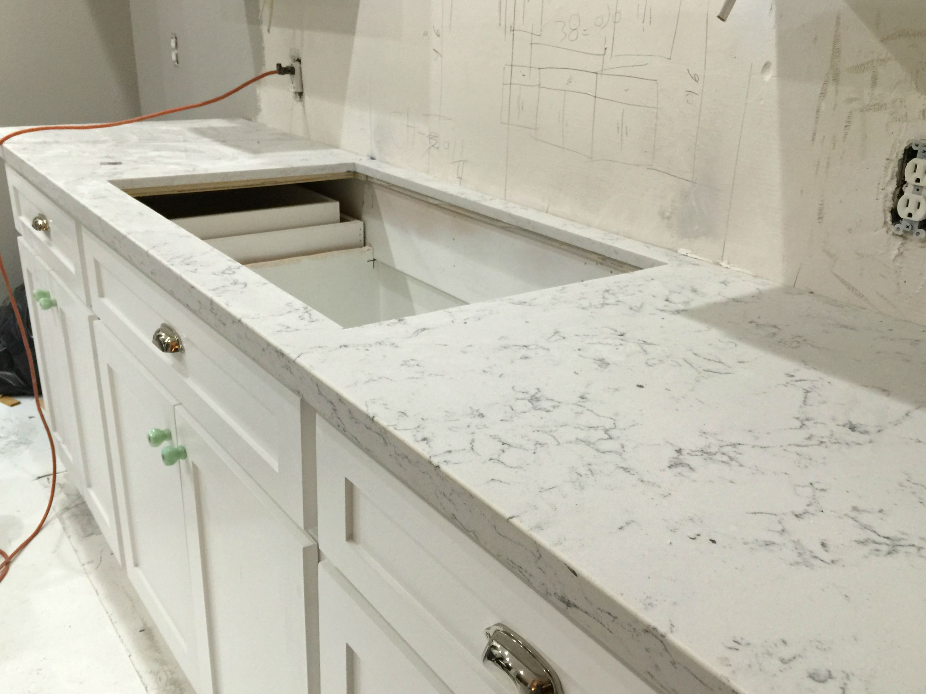 countertop quartz formica concrete on slab remarkable laminate calculator of formidable lowes cost silestone granite countertops black