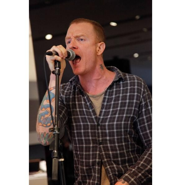 Eve 6: Max Collins: Sing It Honey!
