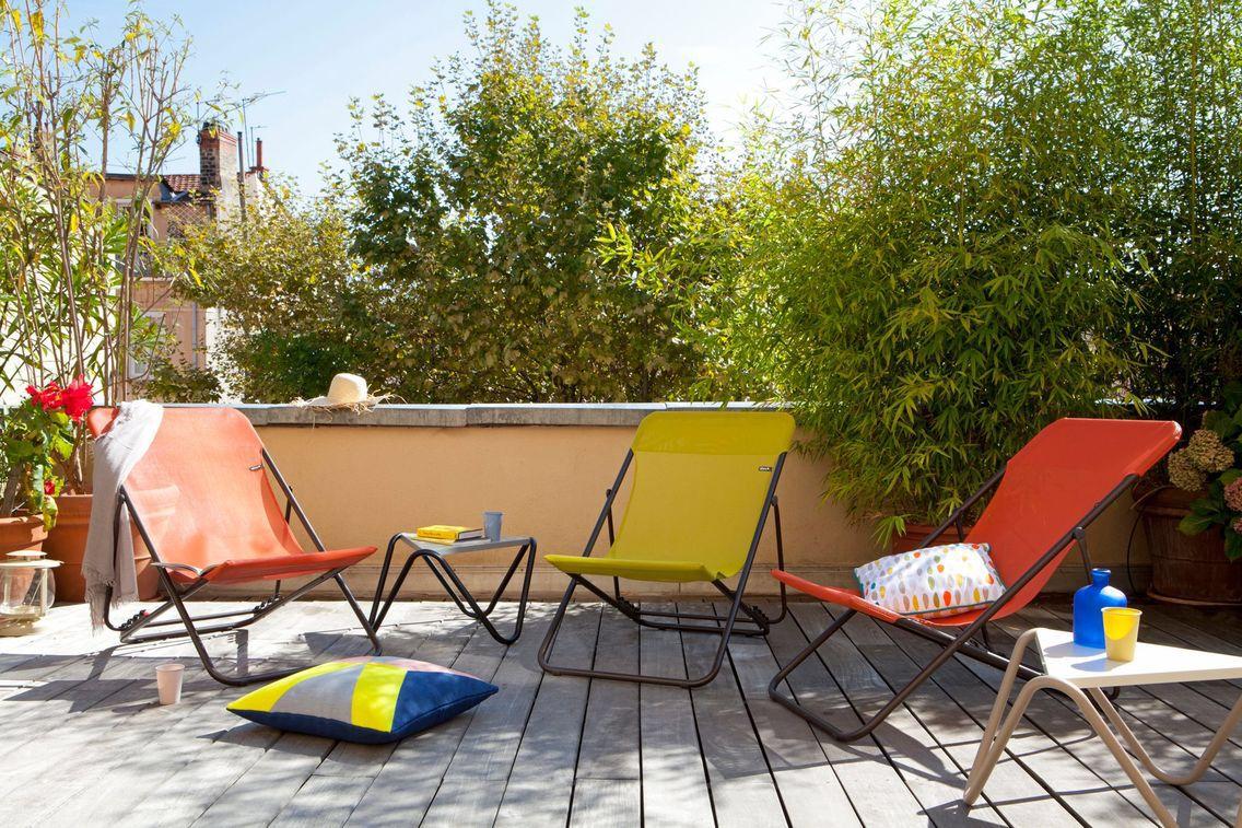Nos meubles ador s pour les petites terrasses transat pour jardin pinterest petite for Meubles pour jardins et terrasses
