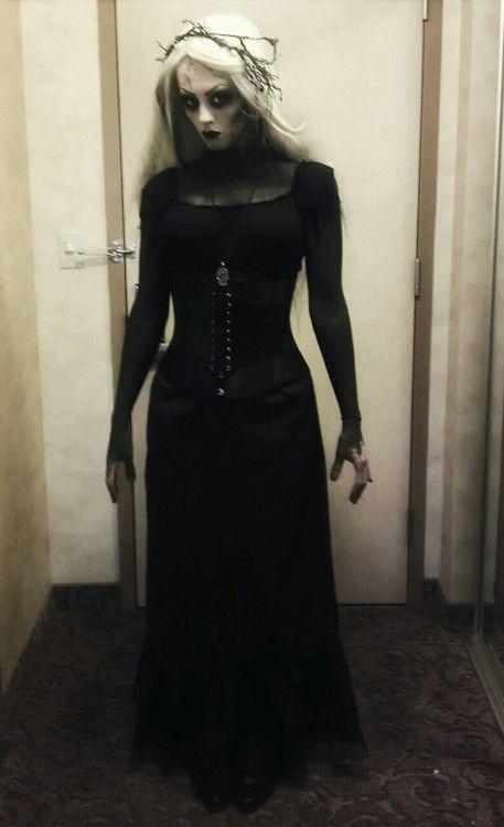 gruselig Halloween Disneyland Hexe Badass Kostüm Korsett Halloween Kostüm Badass ... -  #bada... #halloweencostumesmen
