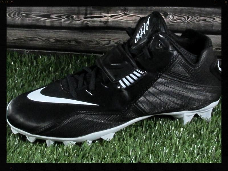 Nike CJ81 Strike 2 TD Mid Football Cleats Black/White (Calvin Johnson) #