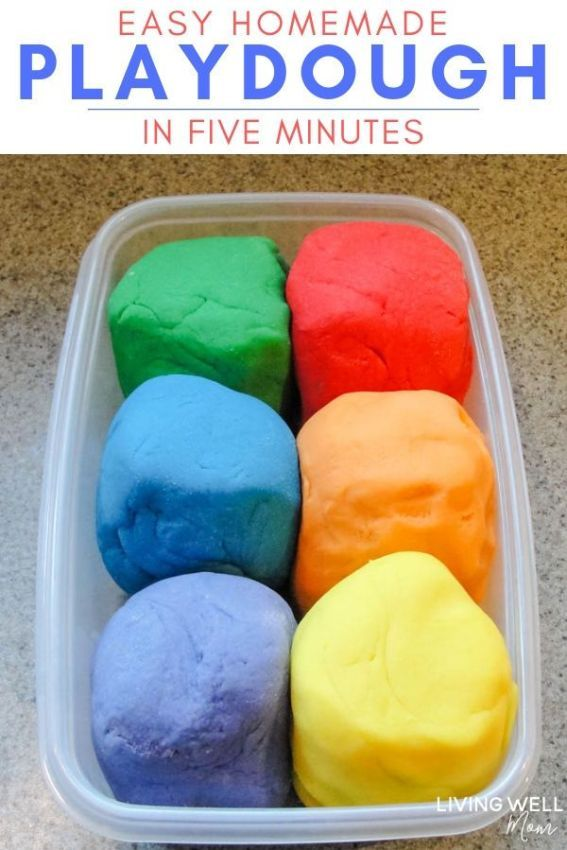 How to make the best easy homemade playdough recipe in just 5 minutes - hours of fun for toddlers and older kids too. You'll never go back to store-bought play doh - this recipe is cheap, lasts for MONTHS, is soft, and less messy too! #playdoh #kidsactivity #toddlers