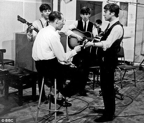 「1962 beatles emi studio」の画像検索結果