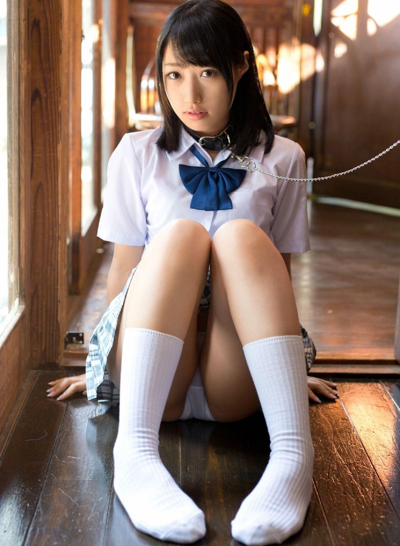 asian-amateur-japanese-schoolgirl-wet-teen-girls-pussy-nudey-selfie