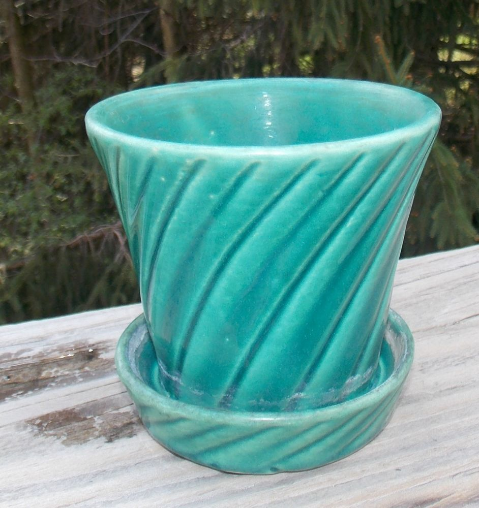 """vintage brush mccoy flower pot green swirl 4""""   mccoy pottery"""