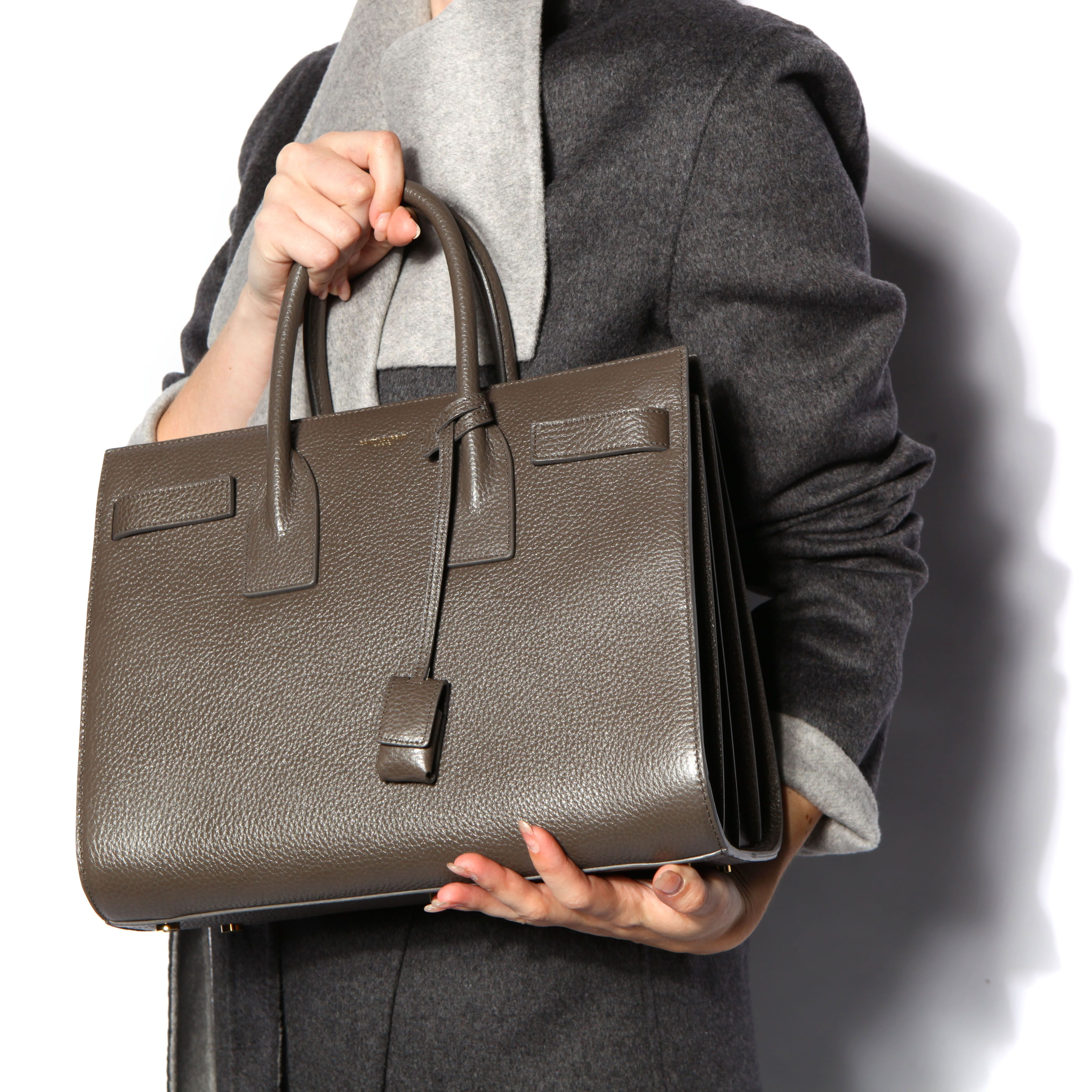 YSL envelope large bag | Ysl envelope, Yves saint laurent