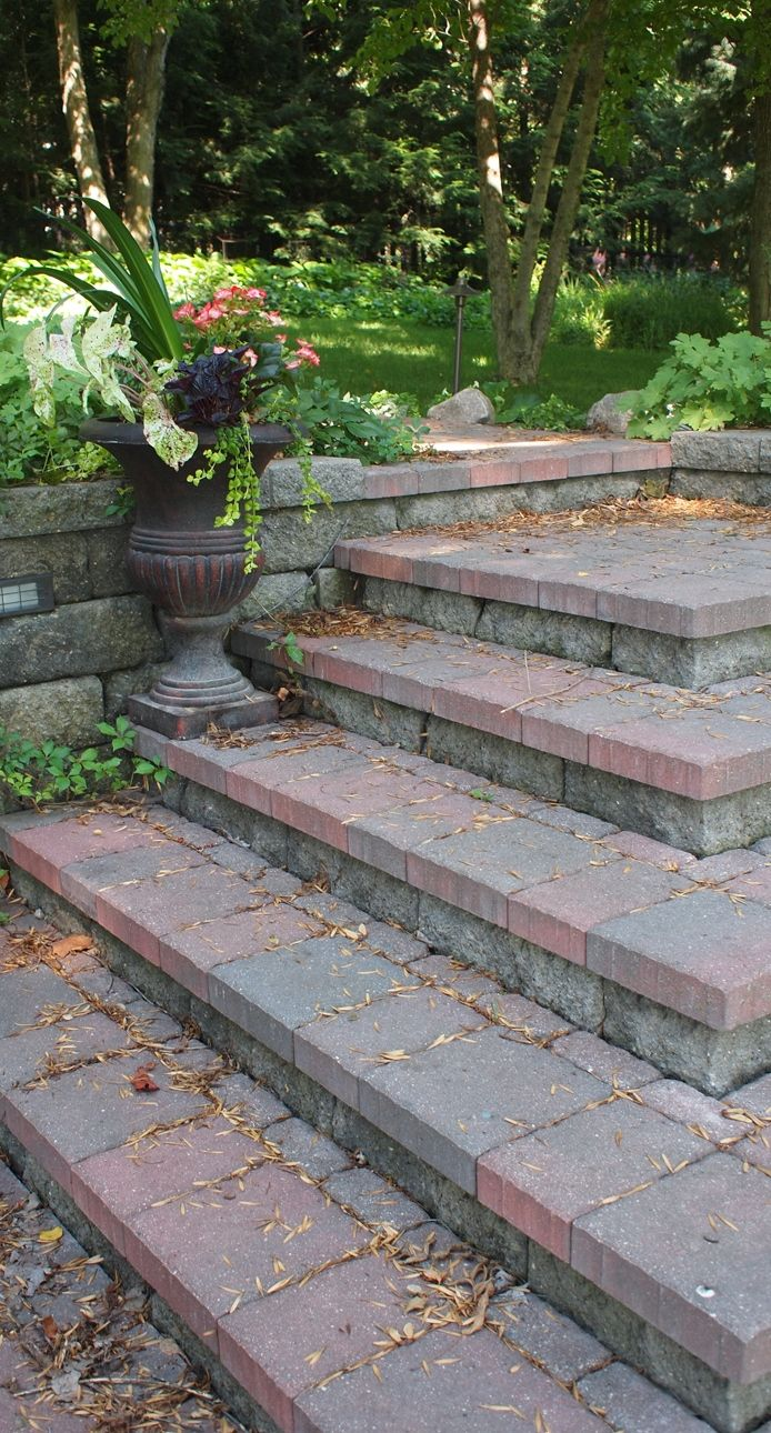 Segmental Retaining Wall (SRW) Block Steps With Paver Treads | #SNLscapes  #LandscapeDesign #SRW #Stairs #Steps #Landscaping #Hardscaping #PaverTreads  ...