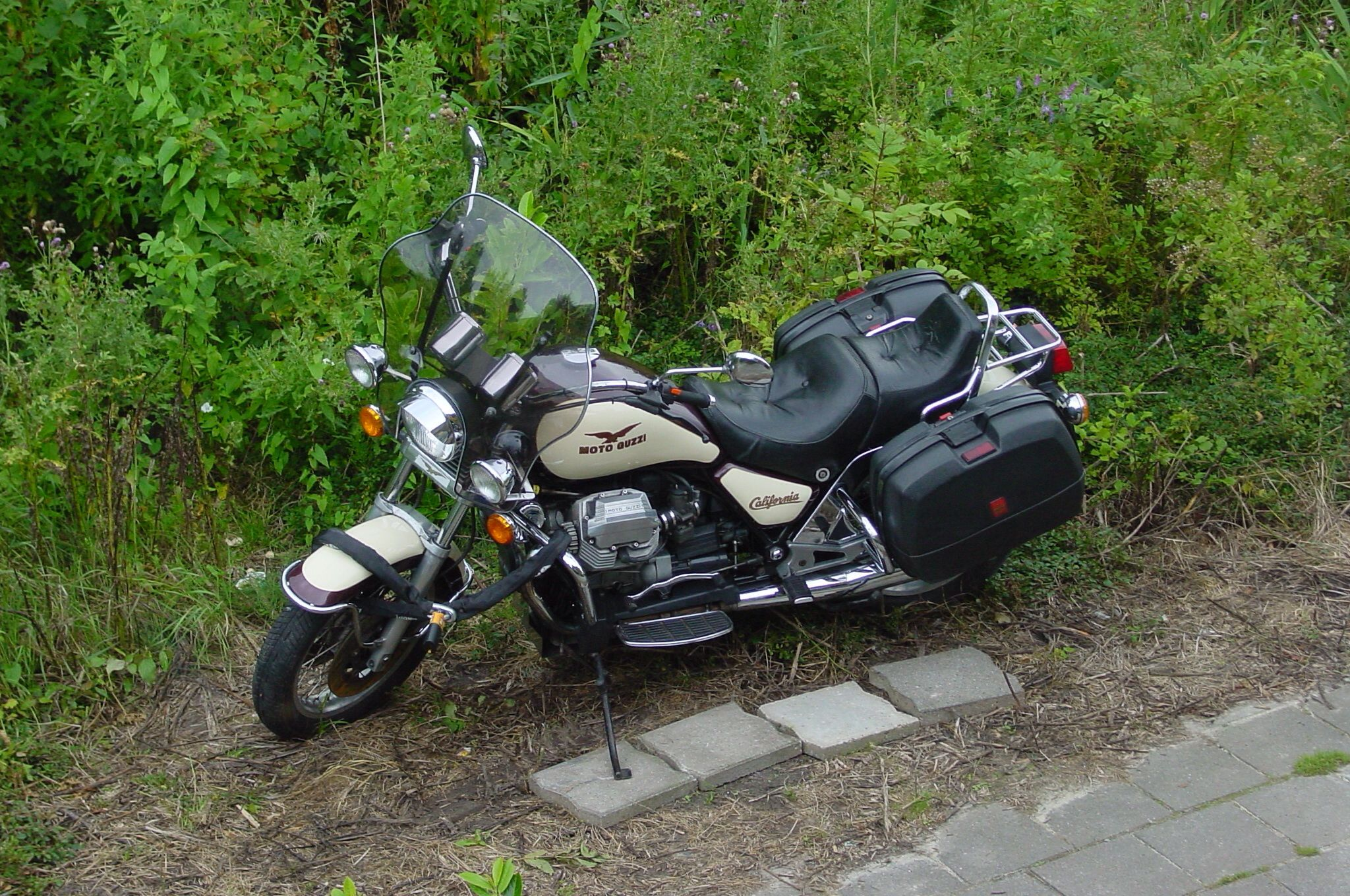 Moto Guzzi California III Moto guzzi california, Moto