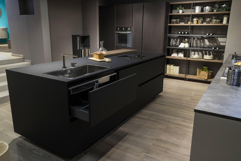 Cucina design moderno arredamento isola italiana - Isola cucina piccola ...