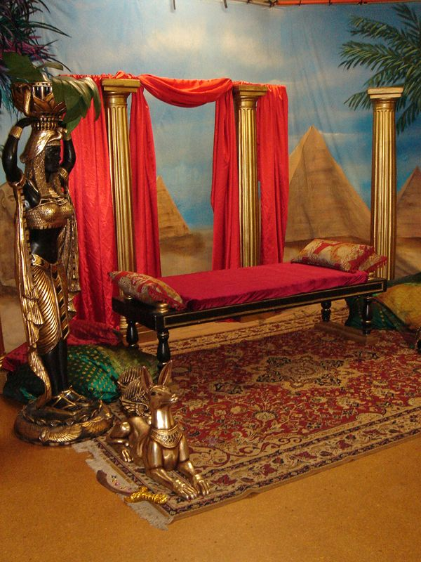 egyptian themed decorating ideas iron blog. Black Bedroom Furniture Sets. Home Design Ideas