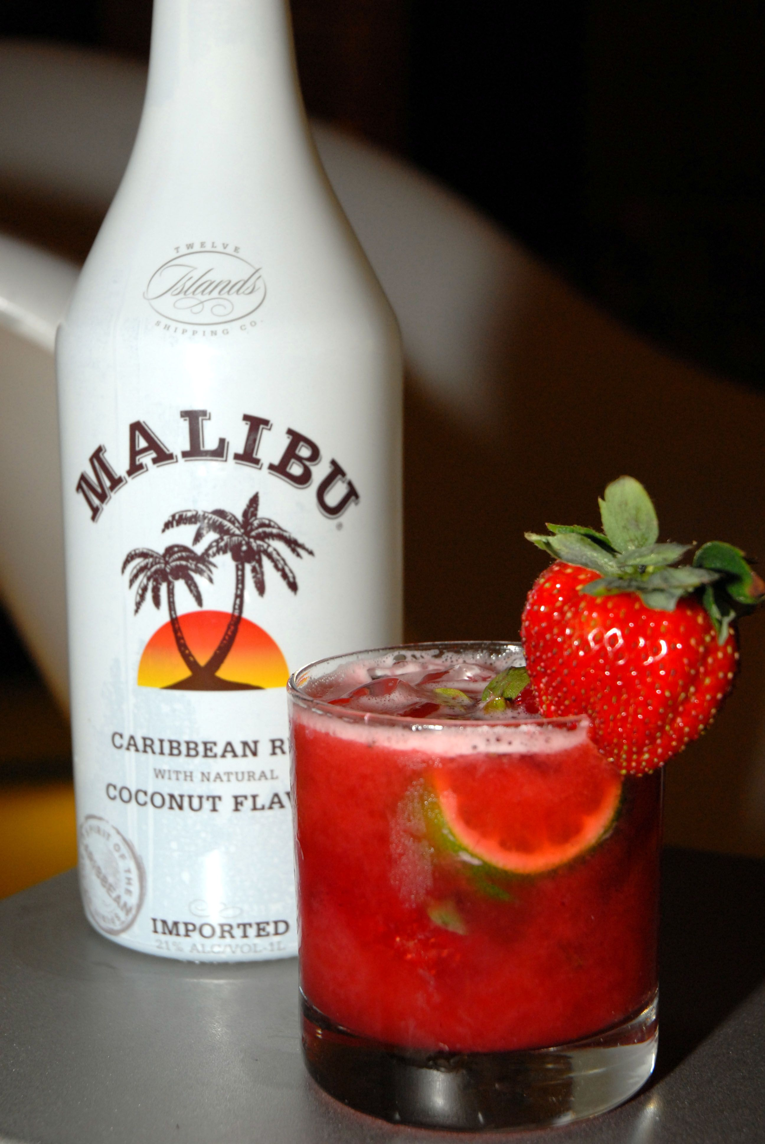 Malibu plus a shot of spiced rum a shot of tequila add for Best spiced rum drinks