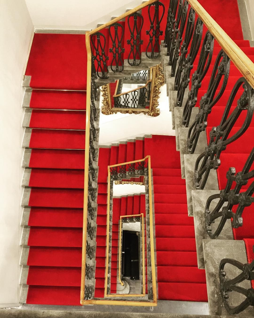 Best Pin By Sarah Eagle On Orange Stair Carpet And What Colour 640 x 480