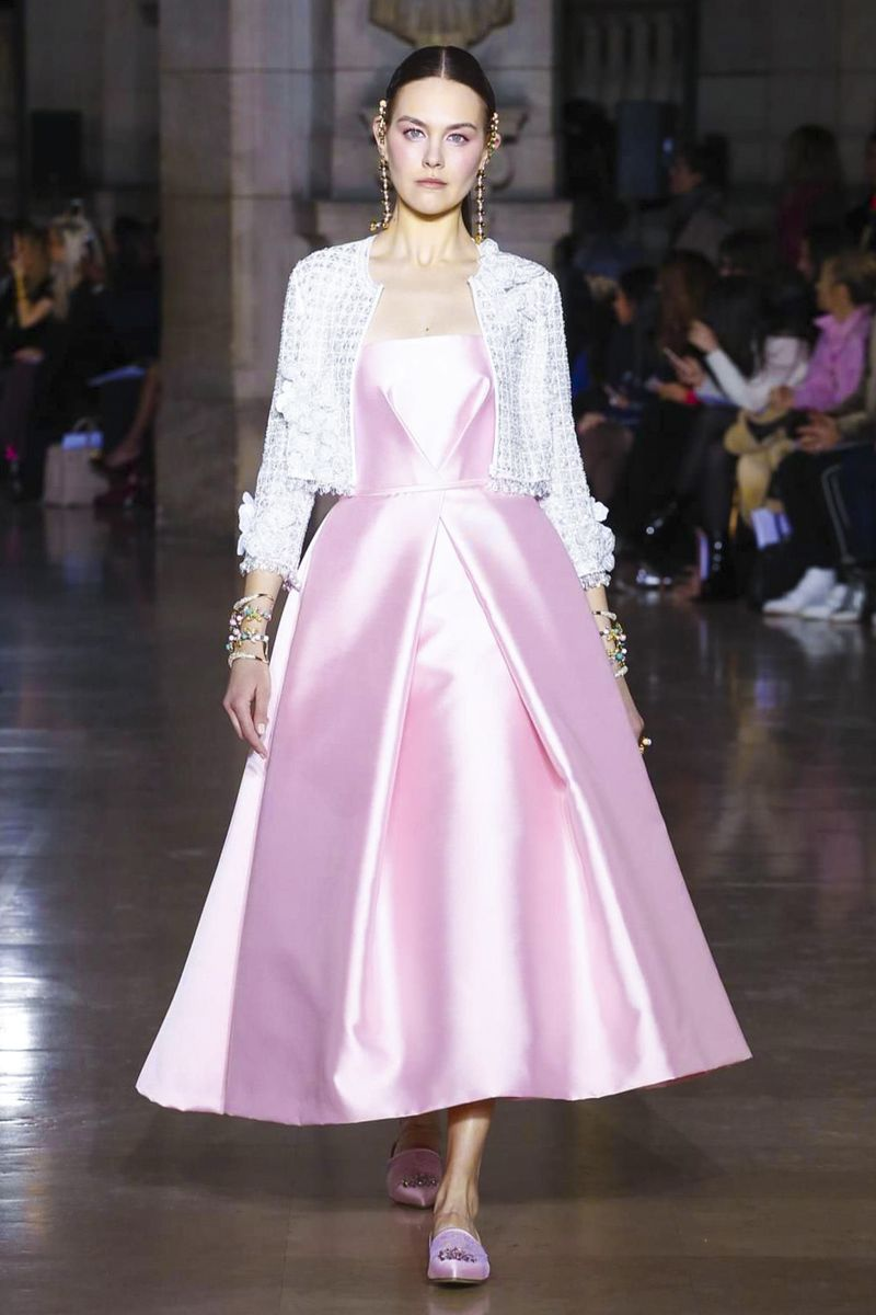 1cb47fbad Pin by Paige Summers on Think Pink | Fashion, Georges hobeika, Haute ...