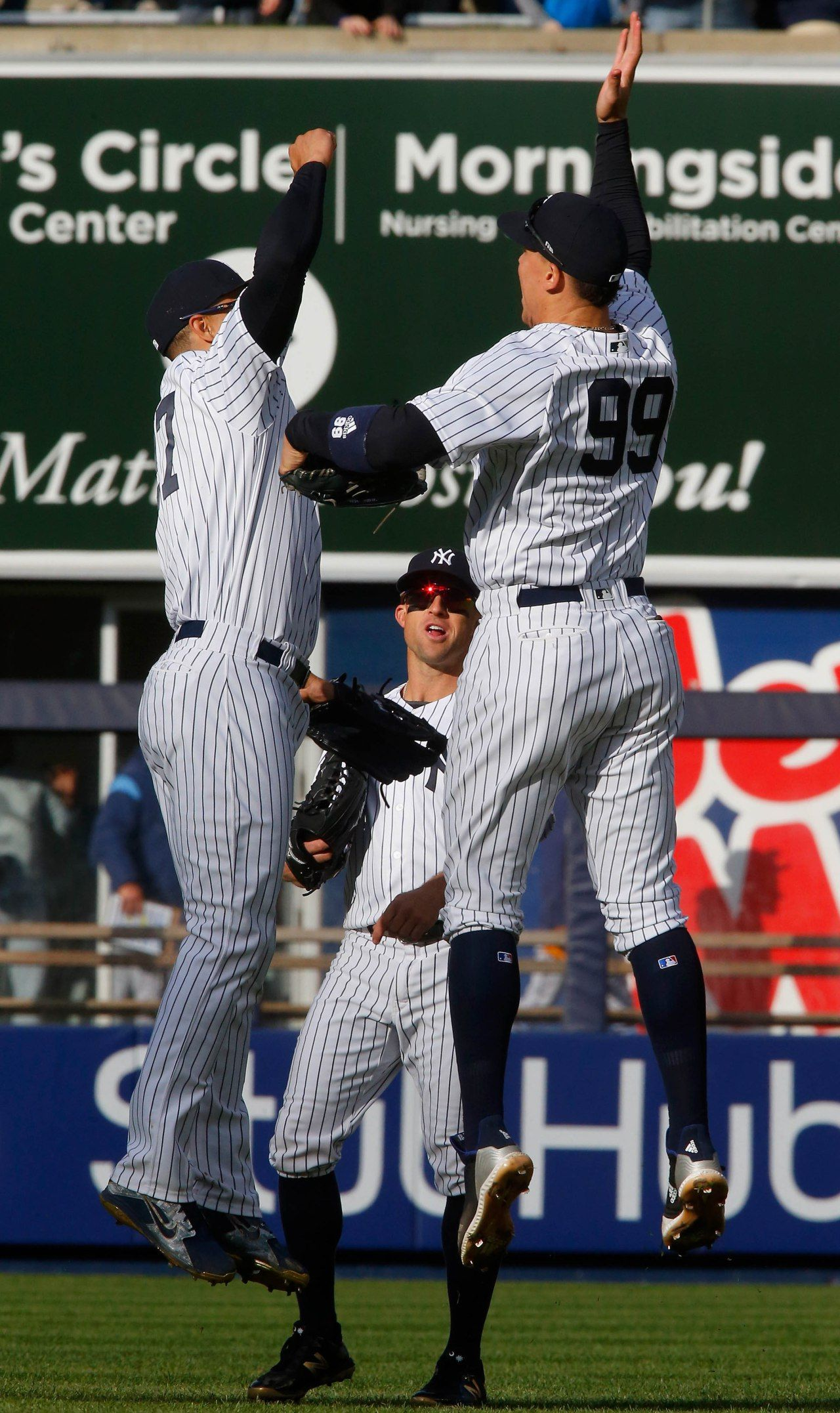 Yankees Just Struck Fear Into Mlb This Juggernaut Is Real New York Yankees Baseball Yankees Yankees Pictures