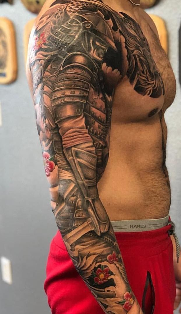50 Tatuagens de braço fechado masculinas para se inspirar