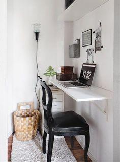 Y comenzamos esta semana con inspiración para crear una zona de trabajo. Somos muchos los que necesitamos una zona de trabajo en casa, en la que poder colocar nuestro ordenador, agenda y algún cuad...