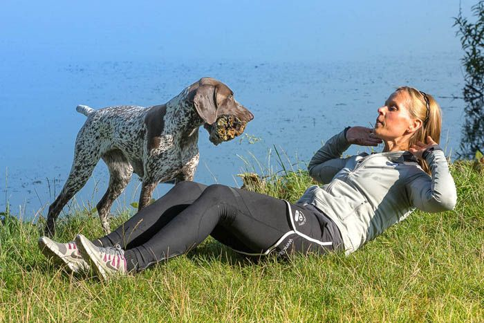 Hund Rutscht Auf Dem Po
