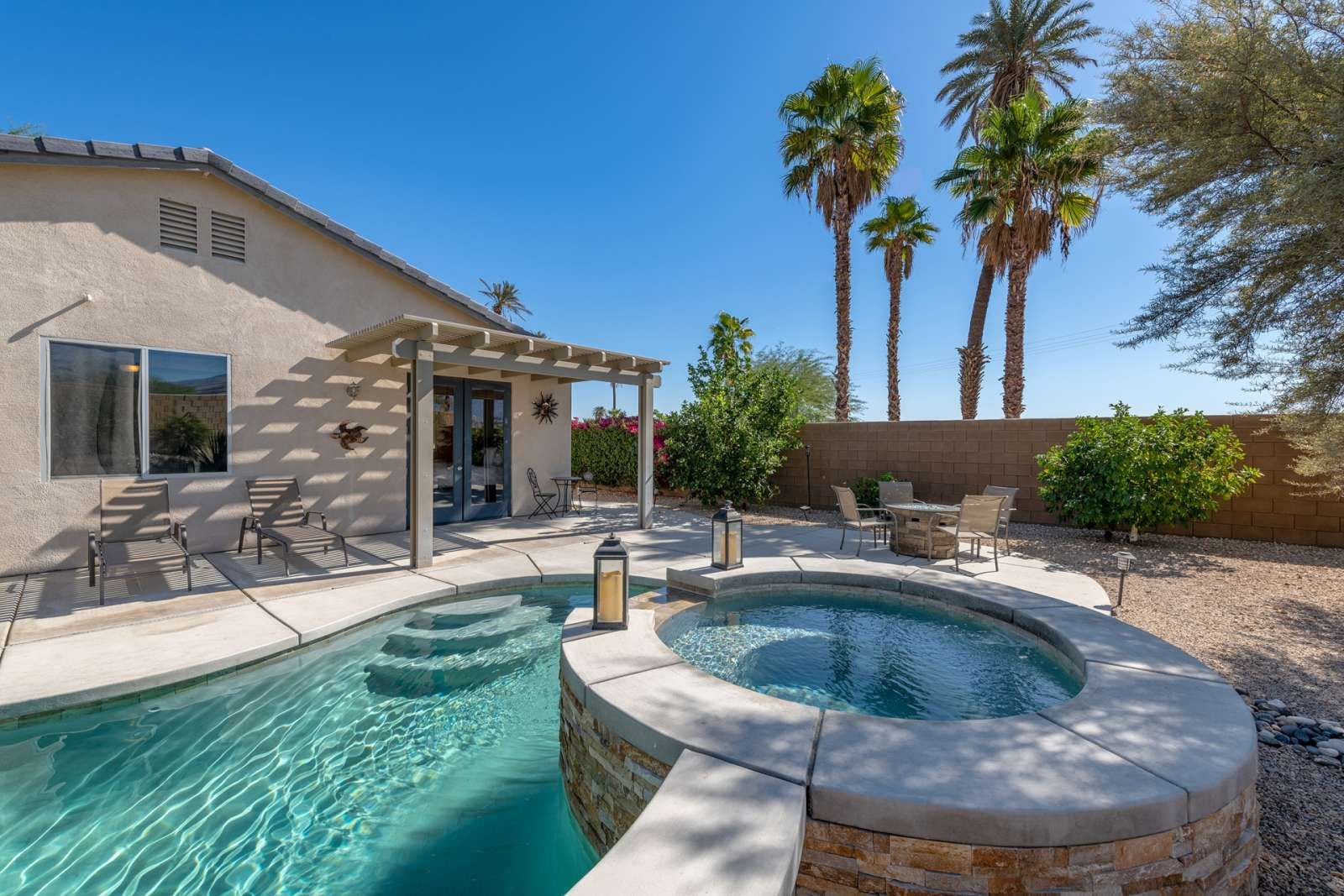 Indio Vacation Rental Anastacia Desert Oasis Saltwater Pool Spa Walk To Polo Fields And Music Festiva Saltwater Pool Spa Pool Palm Springs Vacation Rentals