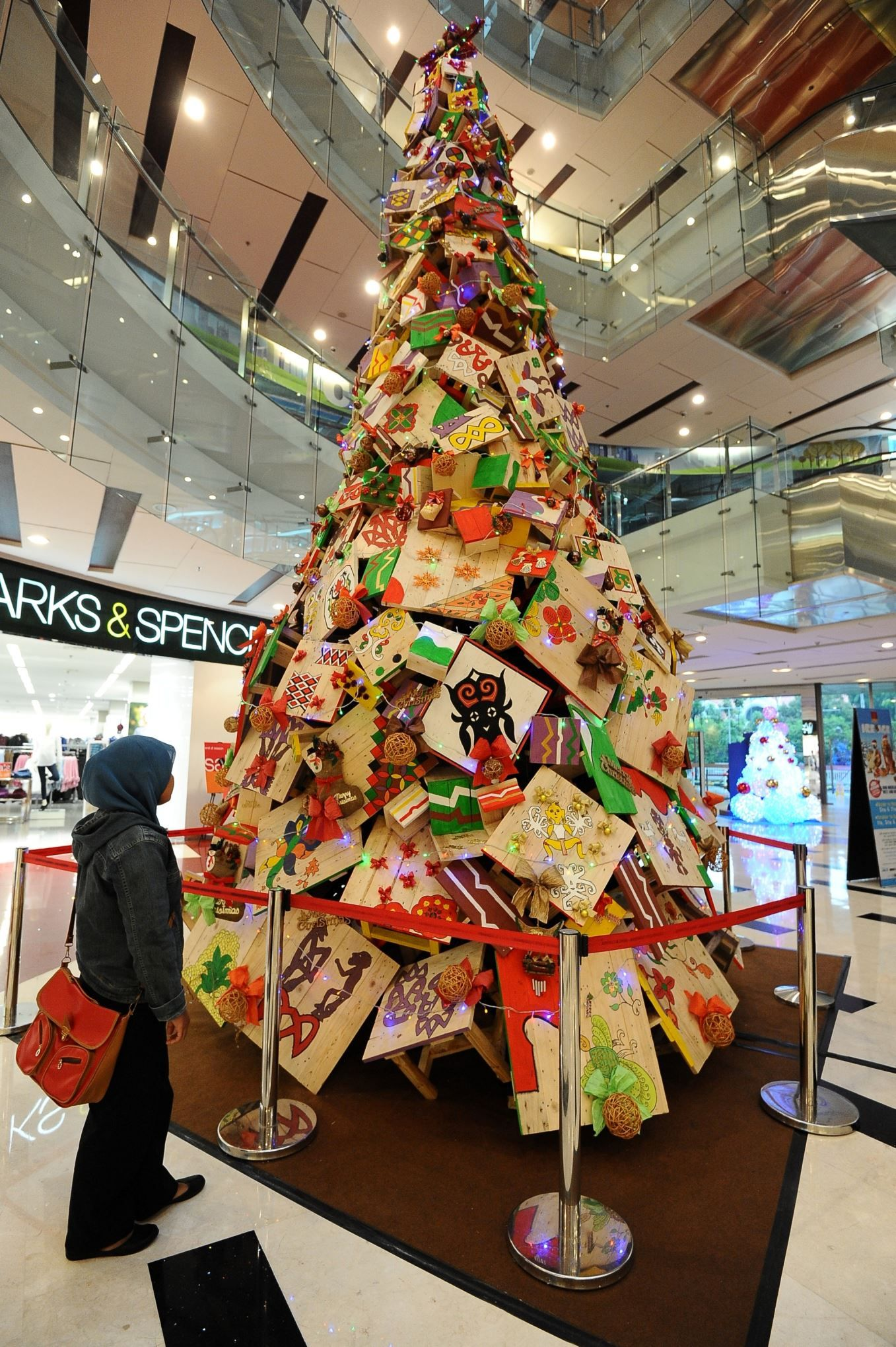 The Worlds Best Christmas Trees Surabaya, Indonesia A Giant Christmas Tree