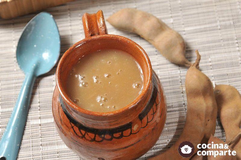 Un sabroso atole preparado con tamarindo natural.