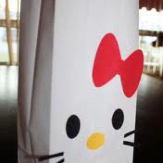 Hello kitty treat bags!