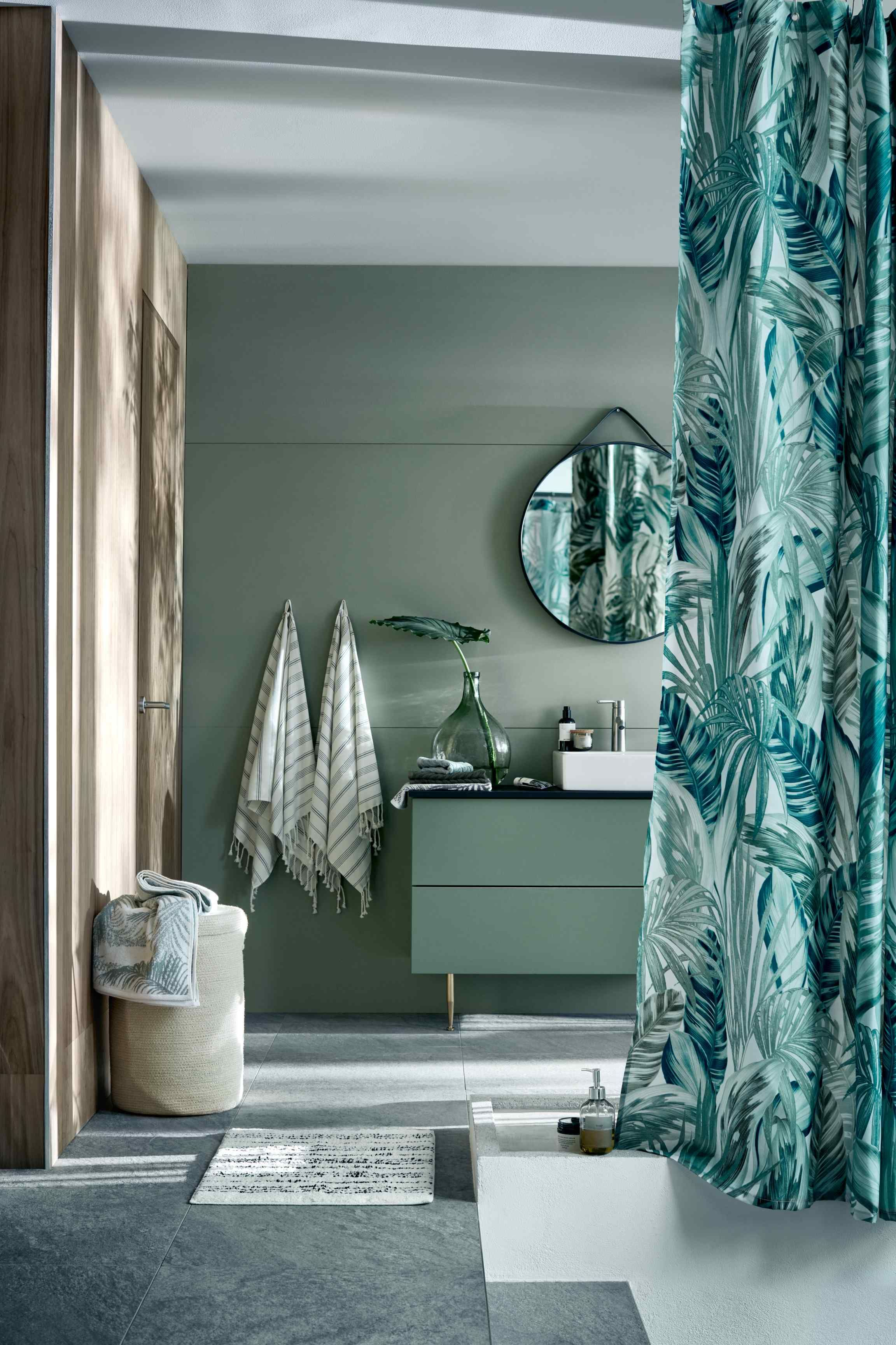 Meuble Salle De Bain Boheme ~ shower curtain pinterest shower curtain ring beach cottages and