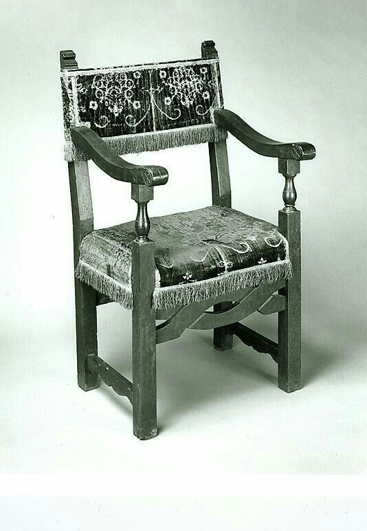 Pin de Hellen Rose en Renaissance & Neo Renaissance Furniture ...