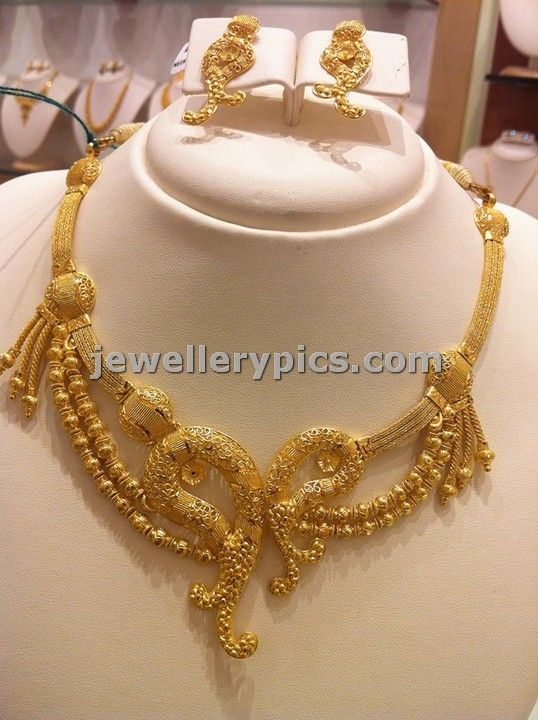Light Weight Gold Necklace Sets By Nalli Latest Jewellery