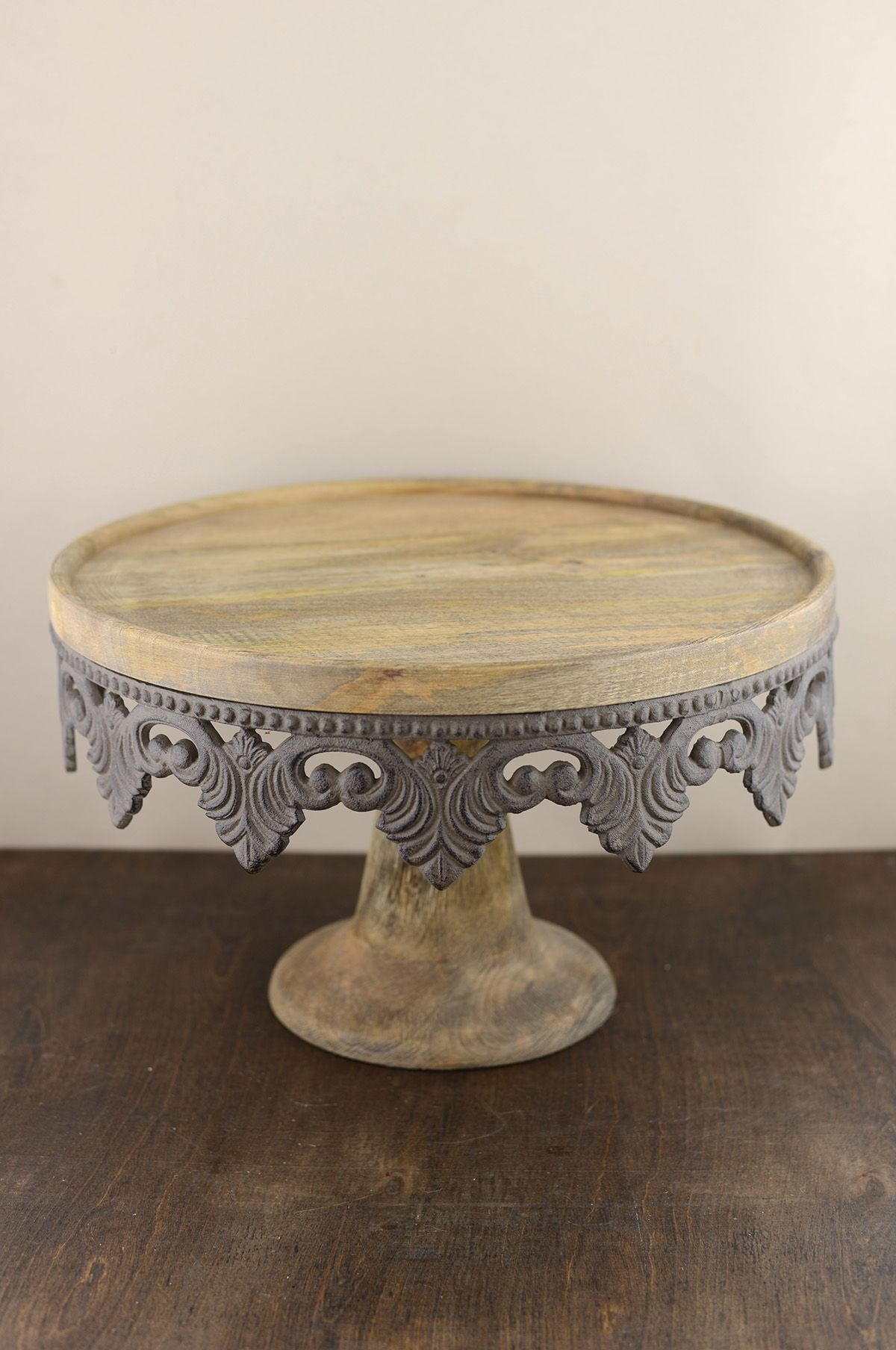 Wood cake stand in