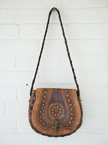 1c43e63081a Free People Vintage Tan Lock Boho Bag. Hand Tooled Leather Shoulder Bag  Estilo Hippy, Boho Bags ...